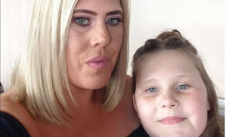 Ashley Fraser with her daughter