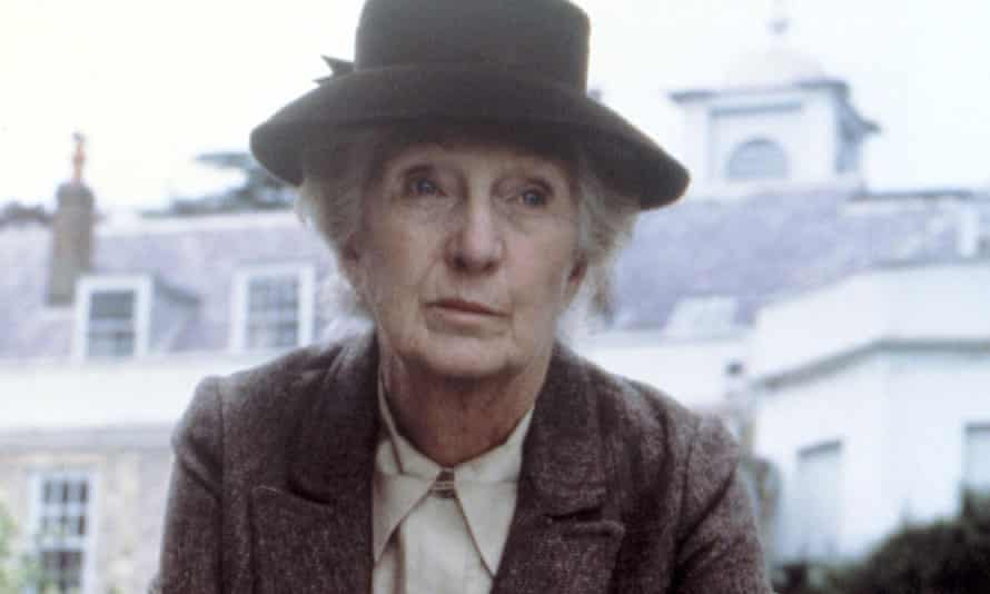 Joan Hickson as Miss Marple in the BBC TV series based on Agatha Christie's detective stories.