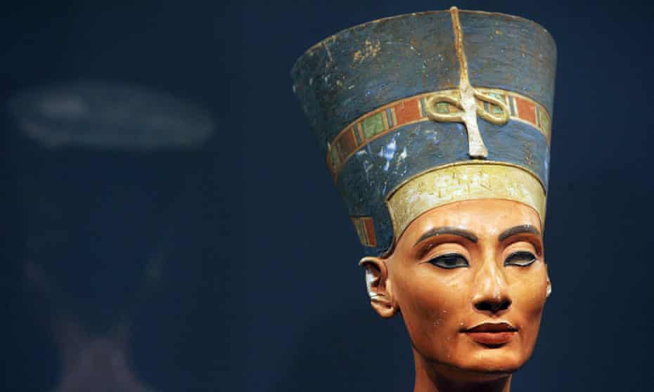 The bust of Queen Nefertiti from Amarna, now in a museum in Berlin.