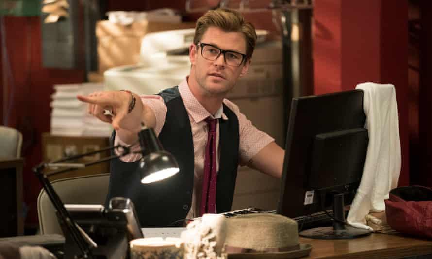 Beefcake … Chris Hemsworth as Kevin.