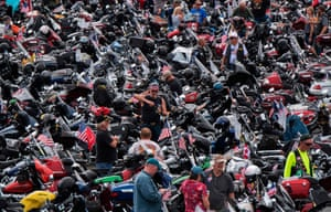 Motorcycle riders wait to ride from the Pentagon parking lot for the 30th Anniversary of Rolling Thunder