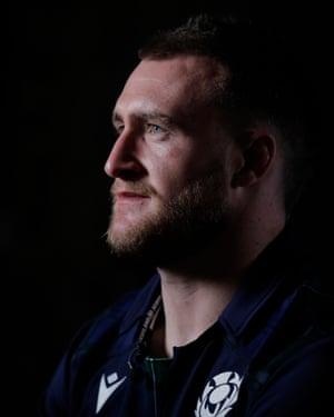 Stuart Hogg has replaced Stuart McInally as Scotland captain.