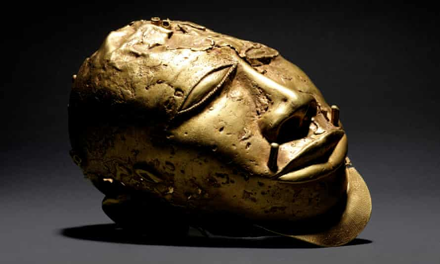 Gold Trophy Head (c) Wallace Collection