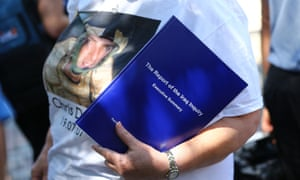 A woman wearing a T-shirt paying tribute to RAF reservist Chris Dunsmore, who died in Iraq in 2007.