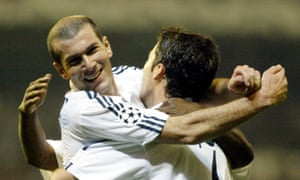 Raúl, right, hugs Zinedine Zidane after scoring in another Champions League encounter against Manchester United, in April 2003