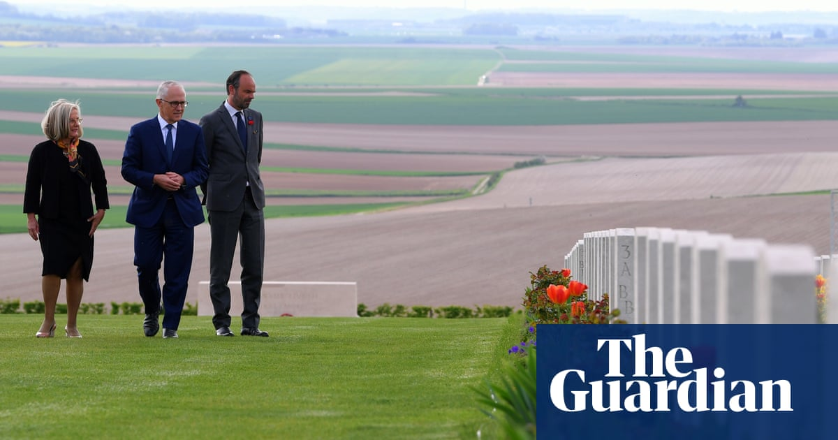 Blood and poetry on western front as Turnbull beaten in