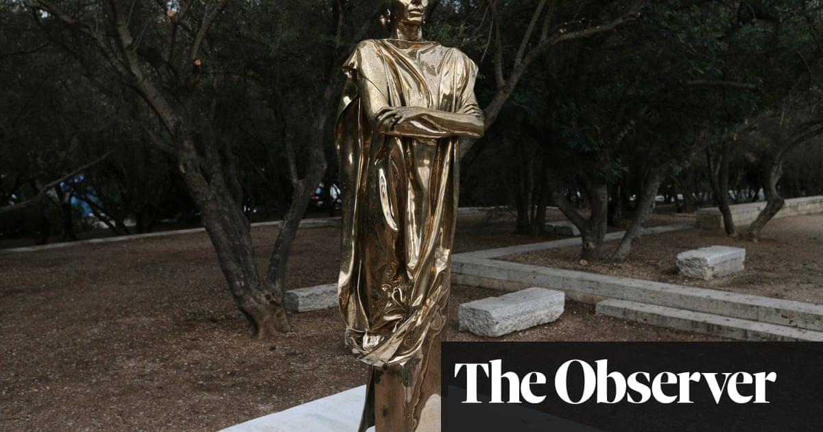 Gandhi in heels? Maria Callas statue hits the wrong note