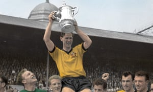 Bill Slater captained Woverhampton Wanderers to victory in the 1960 FA Cup final.