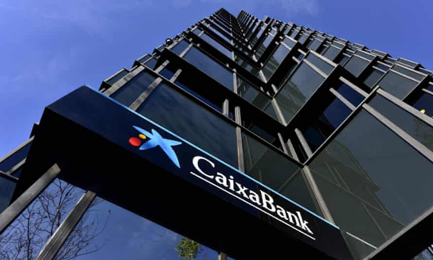 The share price of Catalonia-based banks CaixaBank and Sabadell have fallen sharply this week.