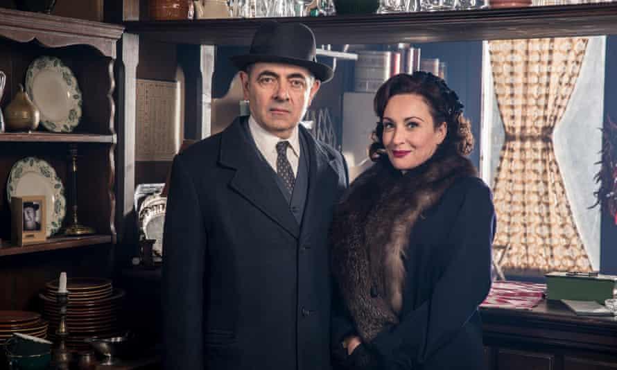 Maigret Sets a Trap: Rowan Atkinson as Maigret and Lucy Cohu as Madame Maigret.