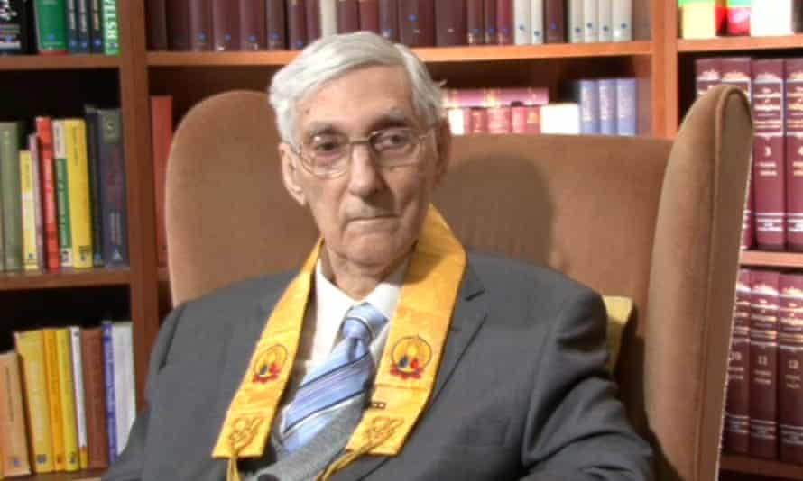 Sangharakshita interviewed in 2009.