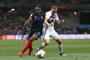 Kadidiatou Diani of France has been causing a number of problems for Norway's Kristine Minde.