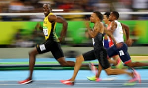 Usain Bolt leads the way in the men's 100m semi final at the Rio Olympics.