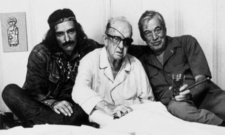 Dennis Hopper, John Ford and John Huston during filming.
