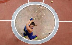 DeAnna Price during the women's hammer final.