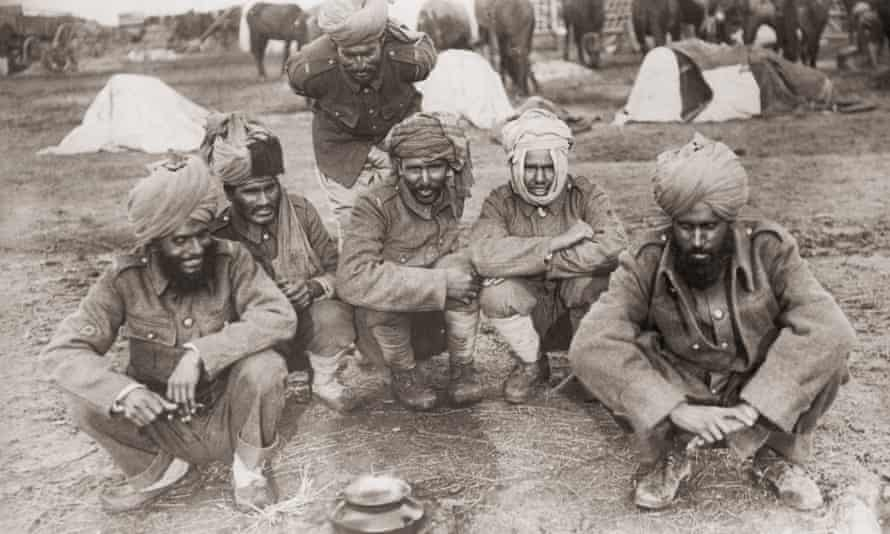 Indian soldiers serving with the British army make camp in 1916.