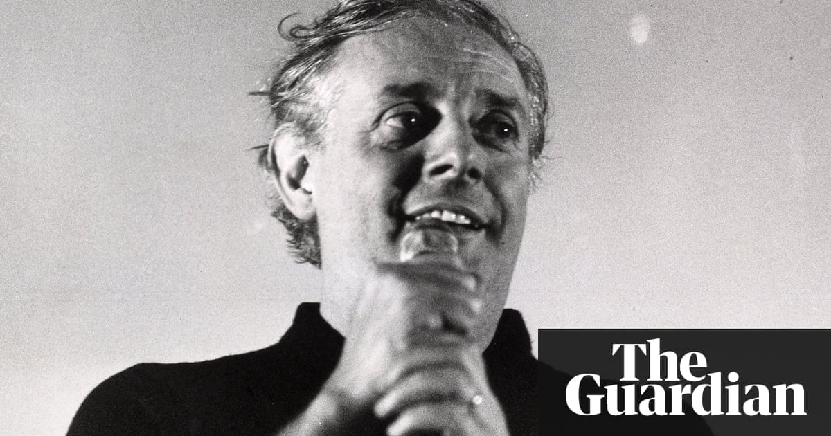 dario fo s political theatre Political comedy — fresh and centuries-old — is served up in the poets' theatre production of dario fo's celebrated and controversial play.