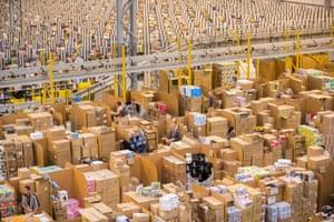 亚马逊受到欧盟法案的2.5亿欧元的打击,称其受益于非法的国家援助。