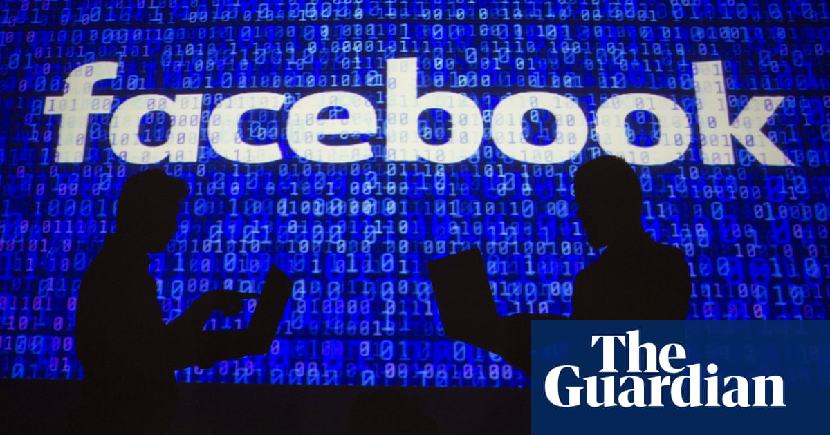 Facebook removes hundreds of US political pages for 'inauthentic activity'