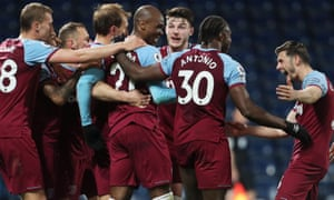 West Ham celebrate Angelo Ogbonna's goal.
