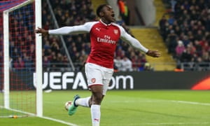 Danny Welbeck of Arsenal celebrates scoring his sides first goal, to make it 2-1.