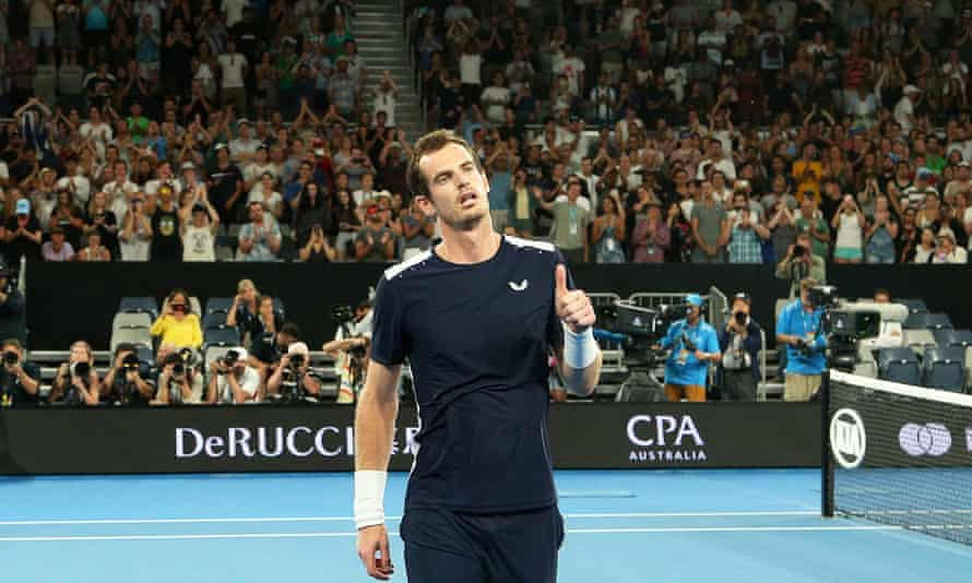Murray acknowledges the crowd after his defeat