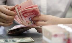 Chinese yuan and US banknotes