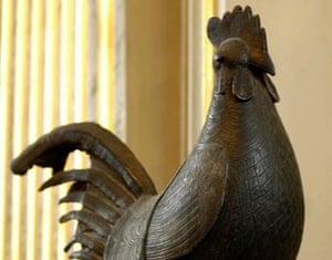 Statue of the Benin cockerel in Jesus College, Cambridge.