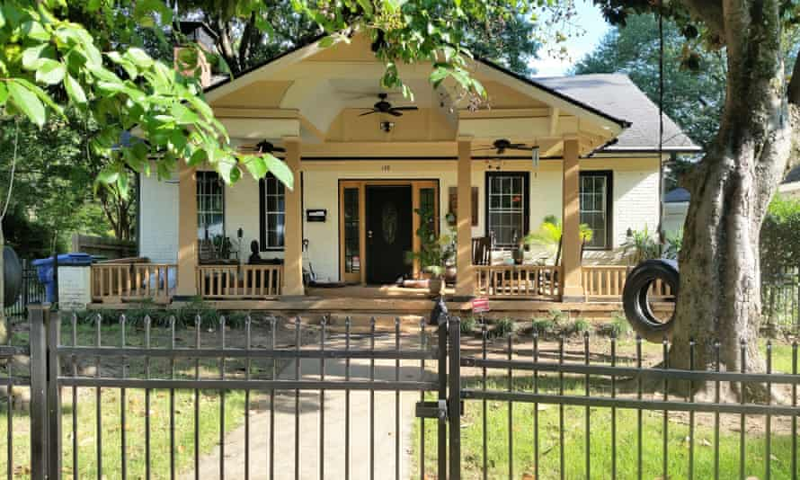 Tanya Washington's house. Washington is currently facing a lawsuit filed by the city of Atlanta to evict her from her home.
