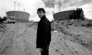 Amos Oz in Arad, 1989.