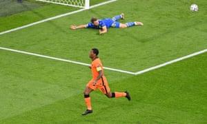 Netherlands' Georginio Wijnaldum celebrates scoring their first goal.