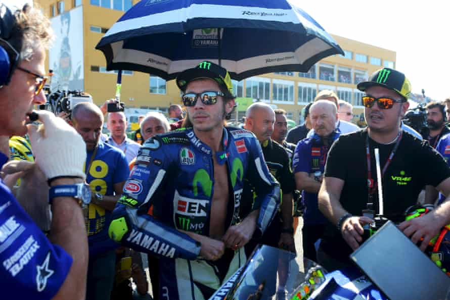Valentino Rossi in the pit-lane before the start of the 2015 Valencia Grand Prix.