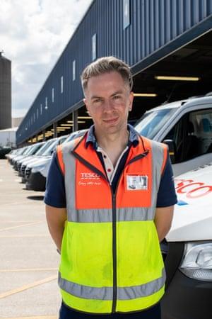 ANDREW ELLIS Lighting designer - now: Tesco delivery driver.