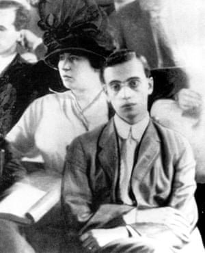 Leo Frank and wife Lucille during his trial.