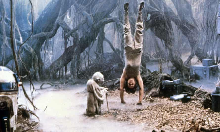 Yoda and Luke Skywalker star wars