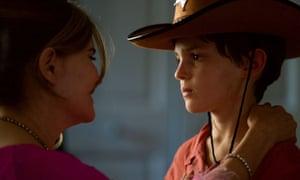 Jennifer Jason Leigh and Sebastian Maltz in Patrick Melrose