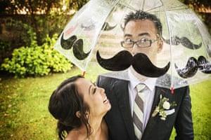 Moustache illusion