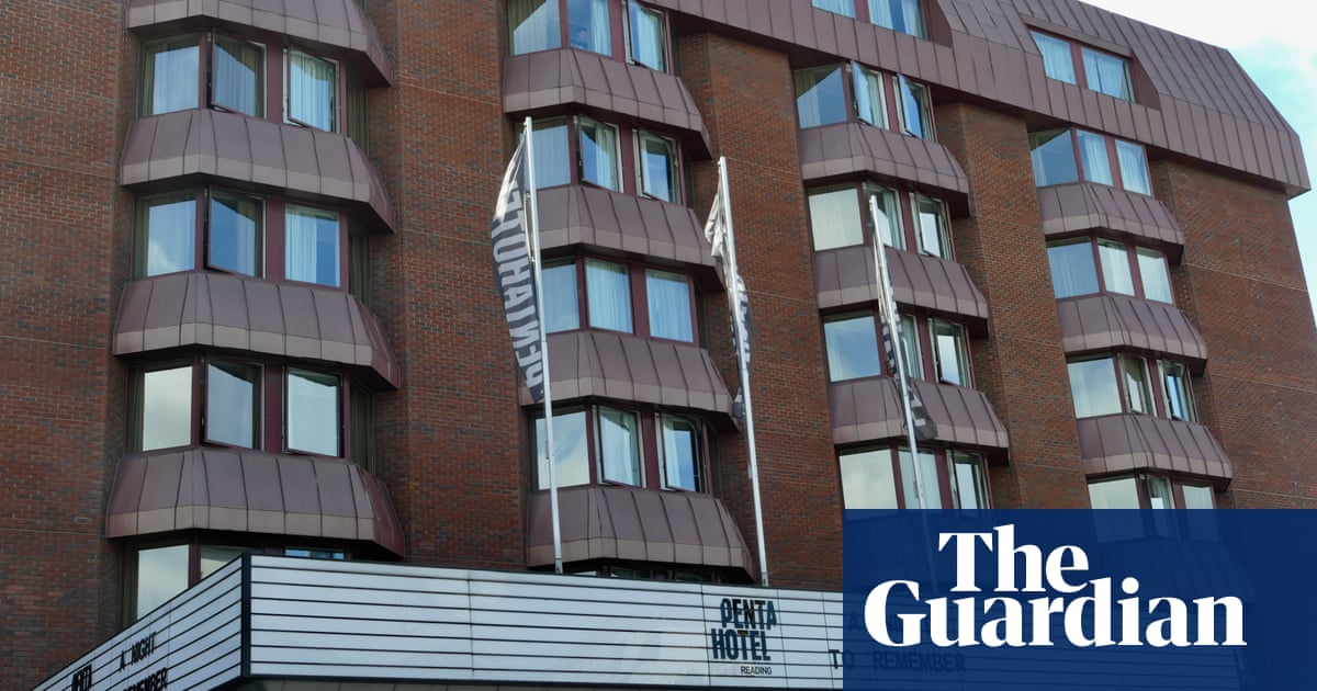 Reading council seeks closure of quarantine hotel after Covid outbreak