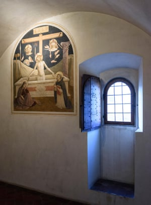 Cell 26 at the Museum of San Marco, Florence, with fresco (1437-45) by Fra Angelico and assistants.