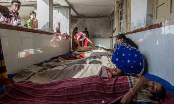 Women recovering from sterilisation in Madhya Pradesh