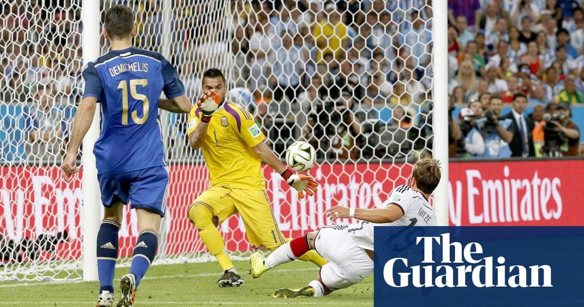 04b963473 A tale of two Marios  how Mario Gómez made a mark as Mario Götze lost his  way