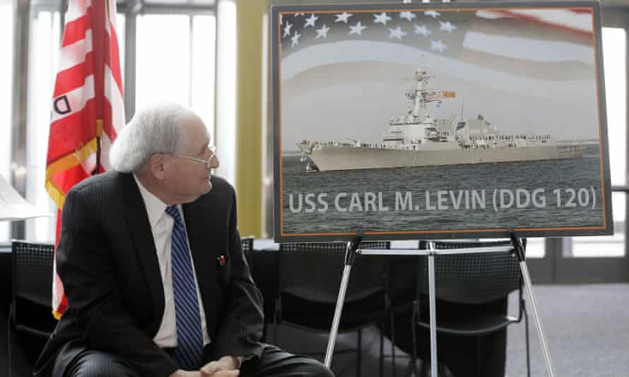 Carl Levin watches during the unveiling of a photo of the USS Carl M Levin, in Detroit in 2016.