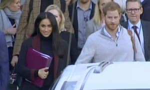 Meghan's neat trick to conceal her pregnancy as she arrived in Sydney.