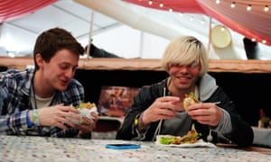 The Guardian's Gwilym Mumford, left, in case you needed help, lunching with Tim Burgess.