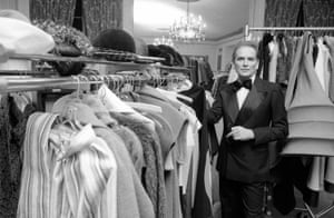 Cardin poses in the dressing room at Hotel Pierre in New York, 1975