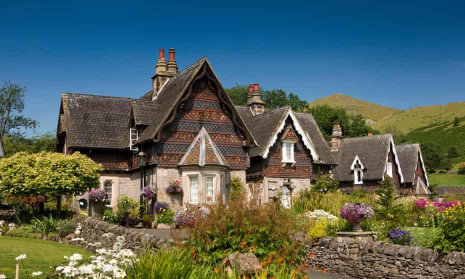 UK, England, Staffordshire, Ilam village