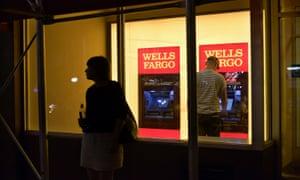 wells fargo employee benefits department