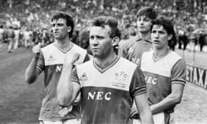 """Everton captain Kevin Ratcliffe, Peter Reid, Bobby Mimms and Gary Lineker look dejected and think """"What might have been?"""""""