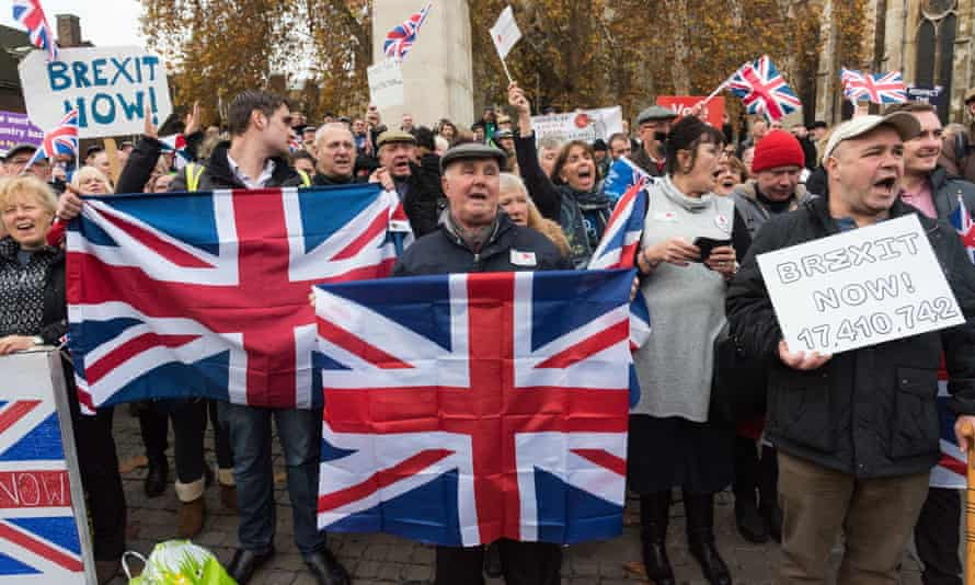Pro-Brexit protesters in London