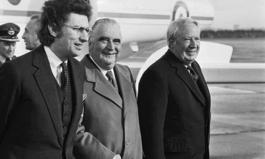 Gowrie, left, with the French president Georges Pompidou, centre,  and the British prime minister Edward Heath